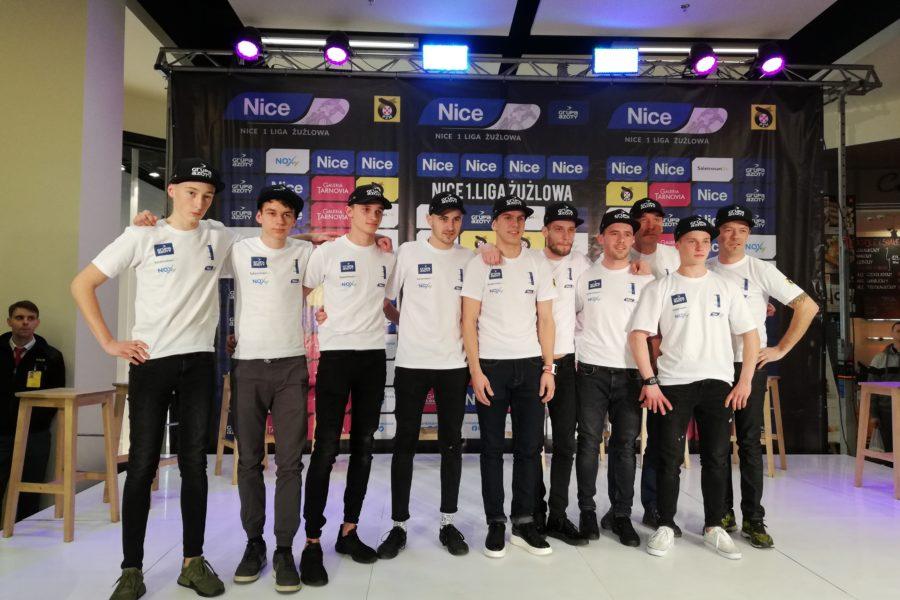 Unia Tarnów zaprezentowała się kibicom. Ljung chce wejść do finału Nice 1. LŻ